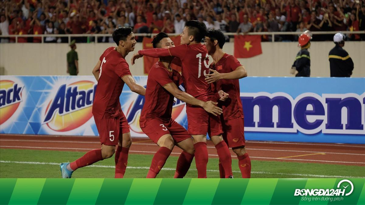 Dư âm Việt Nam 1-0 Malaysia: Bay cao những chiến binh rồng