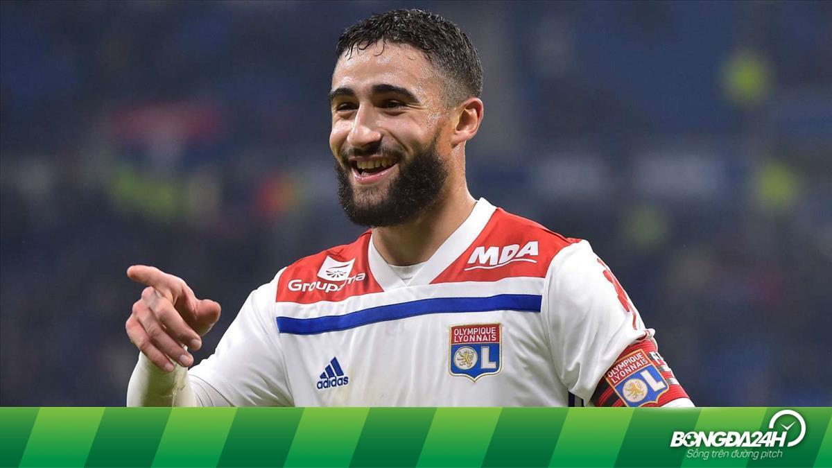 Lyon lên tiếng về ngôi sao chuẩn bị gia nhập Liverpool