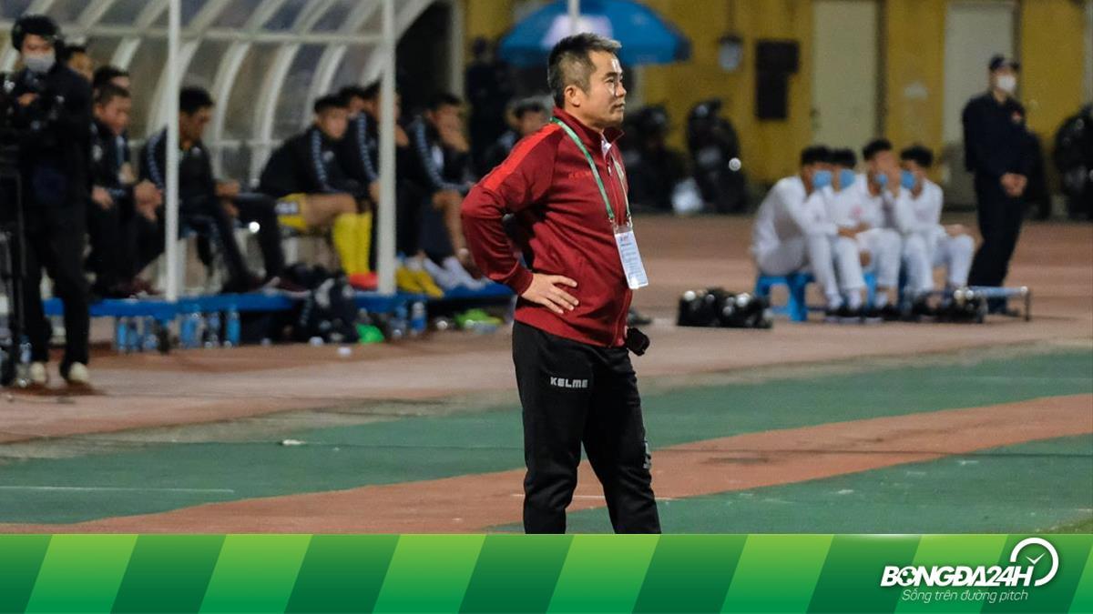 Đồng đội cũ háo hức tái ngộ Kiatisuk trên băng ghế huấn luyện