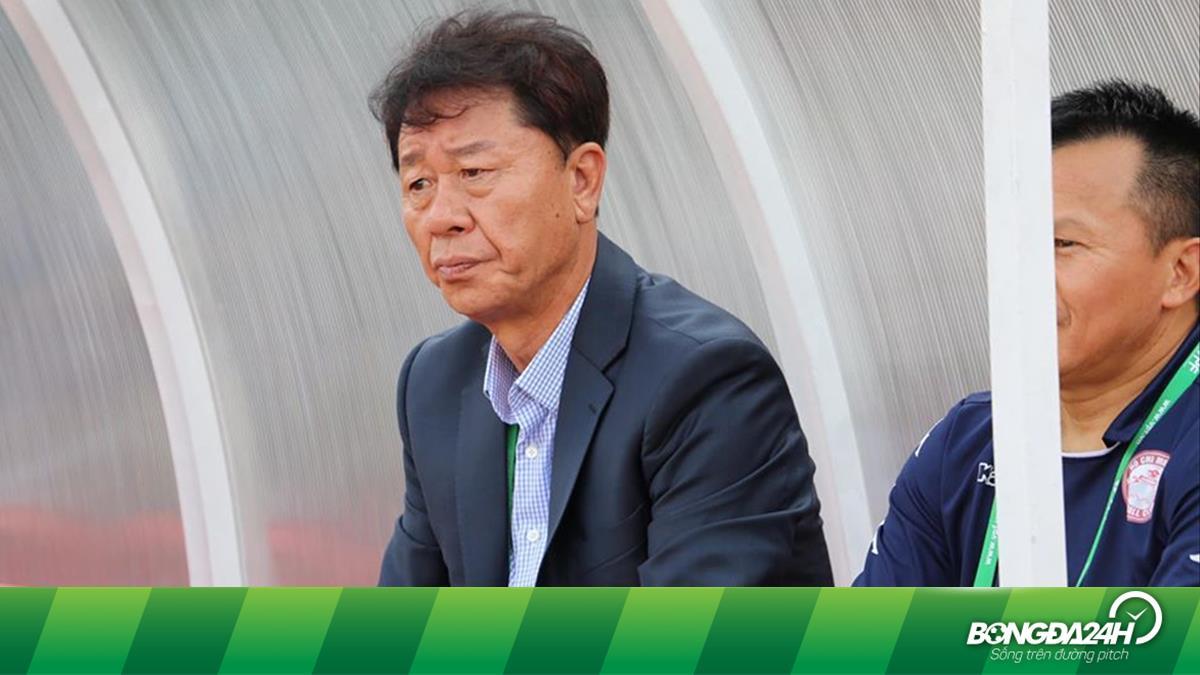 CLB TP.HCM tái hợp HLV Chung Hae Soung và những chuyện bi hài ở V-League