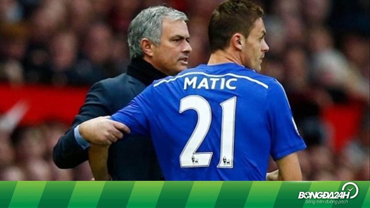 Mourino từng dọa bán tiền vệ Nemanja Matic ở trận giao hữu