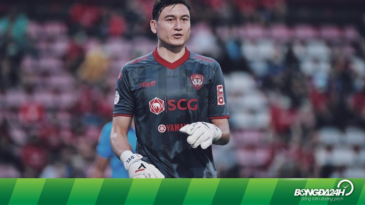 Thủ môn Đặng Văn Lâm không muốn về Việt Nam chơi bóng