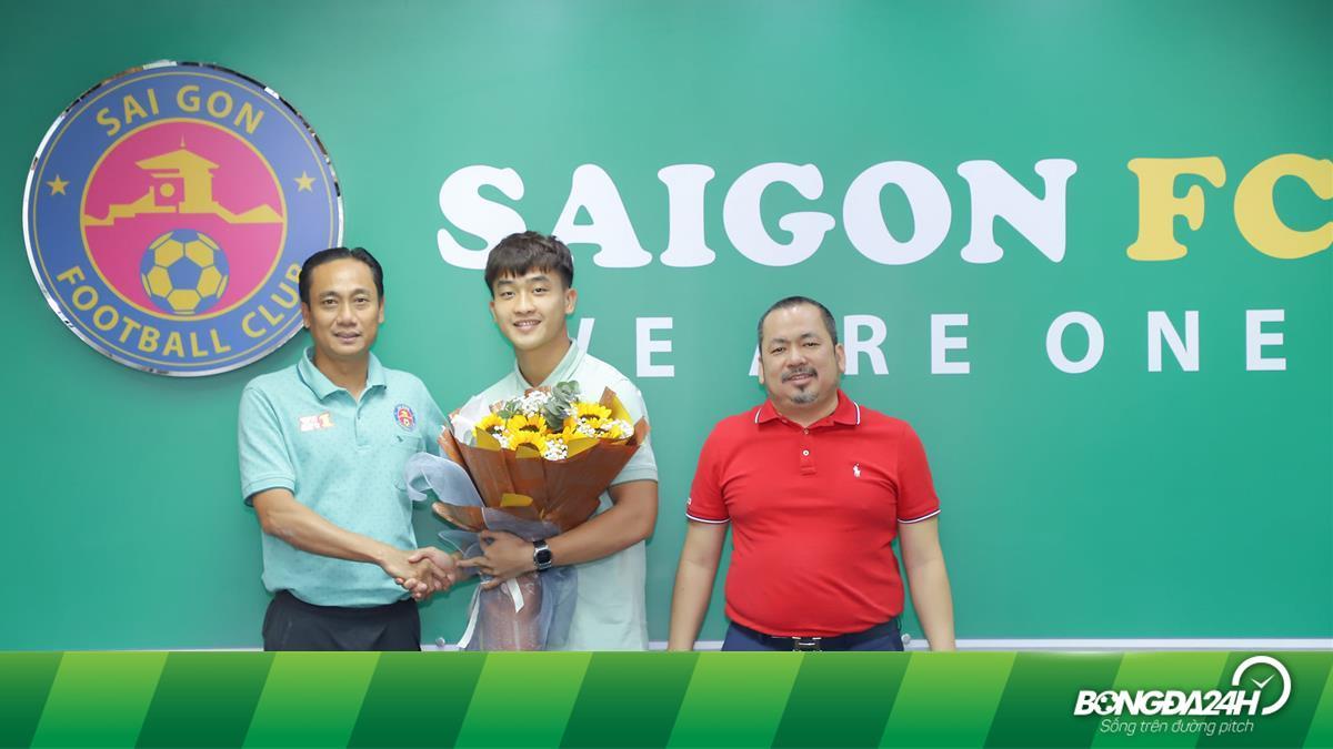 Tiền đạo Viettel bất ngờ gia nhập Sài Gòn FC