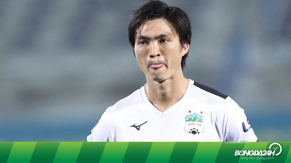 Tuấn Anh báo tin vui cho Kiatisuk trước trận HAGL - Hà Nội FC