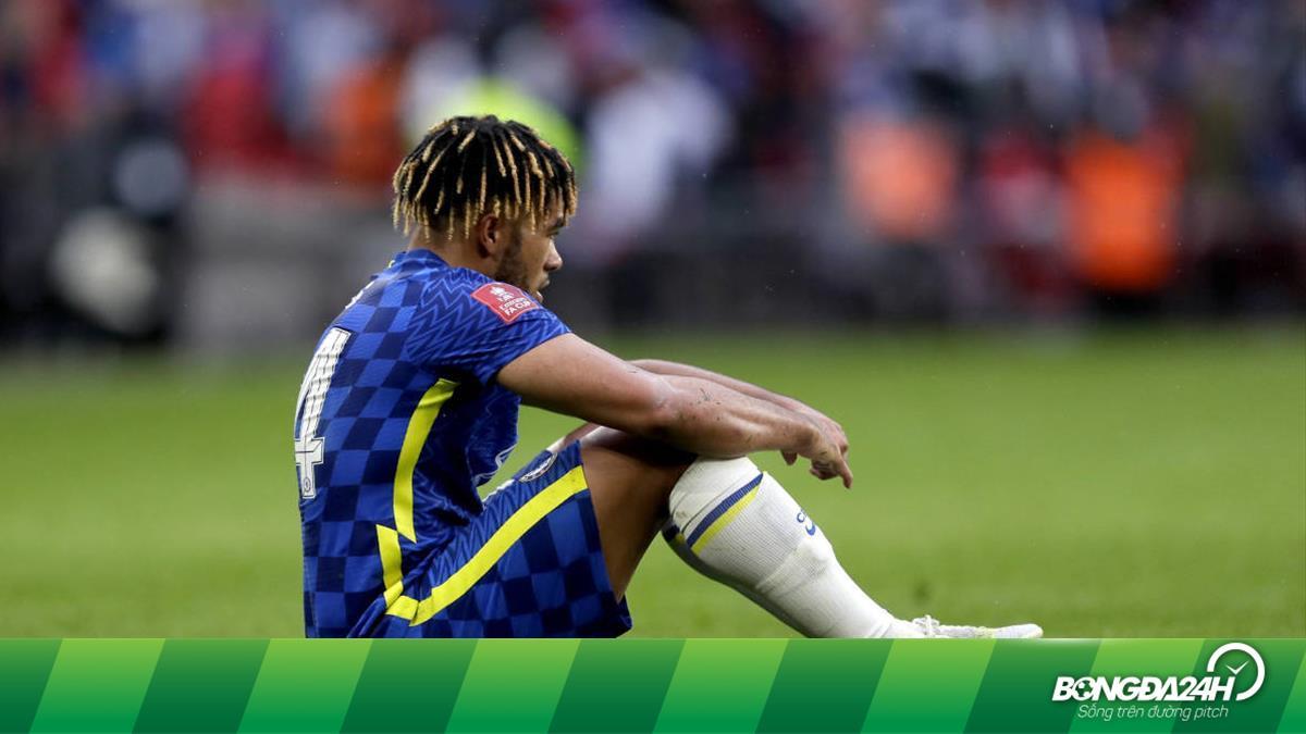 Hoá tội đồ trước Leicester, hậu vệ Chelsea vẫn được Tuchel khen ngợi