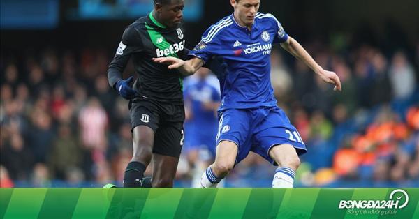 M.U hỏi mua tiền vệ của Chelsea thay Schneiderlin