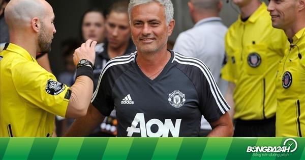 Jose Mourinho tiết lộ trọng tâm chuyển nhượng của M.U