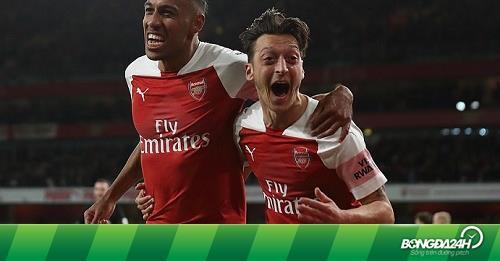 """Arsenal 3-1 Leicester: """"Pháo thủ"""" bay lên thiên đường thứ 10"""
