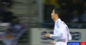 Cristiano Ronaldo bị CĐV đối thủ sỉ nhục bằng từ tục tĩu