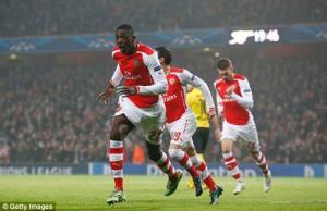 Arsenal 2-0 Dortmund: Sanogo và Sanchez tỏa sáng, Pháo thủ giành trọn 3 điểm trên sân nhà