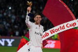 """Sergio Ramos: Trung vệ mang dáng dấp của 1 """"sát thủ"""""""