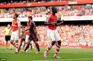 Arsenal âu lo trước vòng play-off Champions League