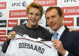 Lựa chọn đầu tiên của thần đồng Odegaard: Barcelona chứ không phải Real Madrid