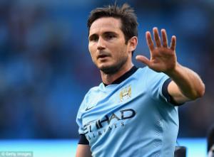 CĐV Chelsea cảnh báo Frank Lampard trước ngày trở lại Stamford Bridge