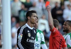 "SỐC: Ronaldo bị HLV của Cordoba ""chửi"" thậm tệ"