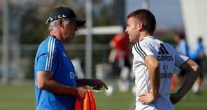 Real quay lại đá 4-4-2, Illarramendi thay thế Ronaldo