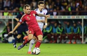 Paco Alcacer: Phiên bản lai giữa Torres và Villa