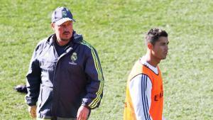 Tiết lộ: Từ lâu Ronaldo đã không thèm nói chuyện với Rafa Benitez