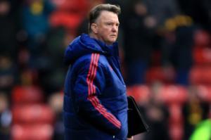 Van Gaal giải thích lý do dùng sơ đồ 3 hậu vệ để đối phó với Leicester