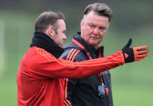 Van Gaal tuyên bố có thể sẽ đẩy Rooney lên ghế dự bị