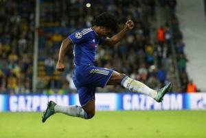 6 cú sút phạt thành bàn của tiền vệ Willian cho Chelsea từ đầu mùa