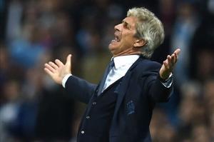 Vừa lấy lại ngôi đầu, Pellegrini đã mơ ăn 4 cùng Man City