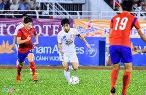 Messi Việt Nam Công Phượng sút xa thành bàn siêu đẳng cấp như Ronaldo