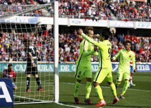 Granada 1-3 Barcelona: Chiến thắng dễ dàng như dự kiến