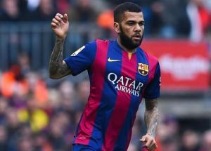 Chủ tịch Barca năn nỉ Dani Alves ở lại Barca