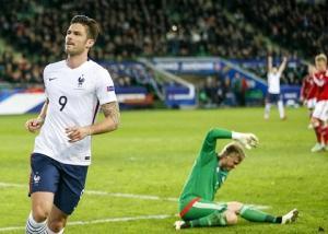 Pháp hạ đẹp Đan Mạch trong ngày Olivier Giroud tỏa sáng!