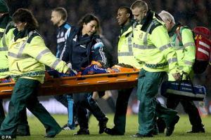 Nữ bác sĩ xinh đẹp của CLB Chelsea liên tục bị quấy rối