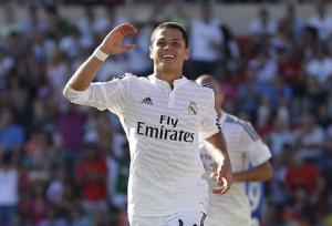 Bale gặp chấn thương: Đã đến lúc Ancelotti dùng gà son Chicharito
