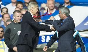 Trước trận Arsenal vs Chelsea: Mourinho liên tục công kích Wenger!