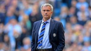 Giành danh hiệu HLV xuất sắc nhất năm, Mourinho chủ động làm hòa với FA