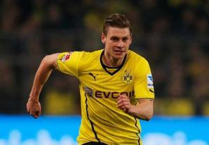 Barca sang Đức tìm người thay thế Alves