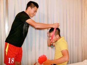 Tuyển thủ U23 Việt Nam nhận huy chương trong… khách sạn