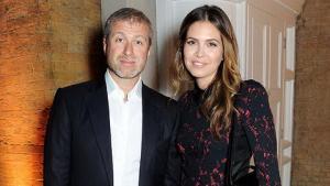 Chiều vợ trẻ, ông chủ Chelsea đập bỏ 3 biệt thự trị giá 80 triệu USD