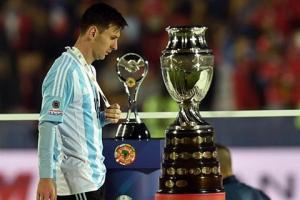 Argentina thất bại tại Copa America 2015: Trên đôi chân của kẻ về nhì vĩ đại