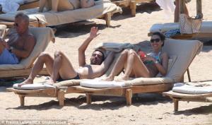 Cặp đôi Barca rủ nhau du lịch sang chảnh ở Italia