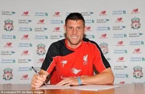 Milner chính thức ra mắt Liverpool, tiếp quản số áo của Suarez