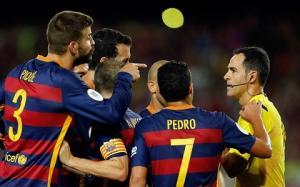 Vụ Pique: Barca kháng án bất thành!
