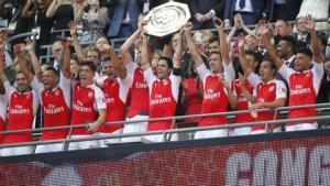 HLV Wenger: Chelsea thua Arsenal vì... sợ Petr Cech