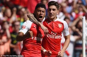 Video bàn thắng: Arsenal 1-0 Chelsea (Siêu cúp Anh 2015)