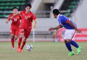 TRỰC TIẾP U19 Việt Nam 1-0 U19 Singapore (Hiệp 1): Đức Chinh mở tỷ số từ chấm phạt đền