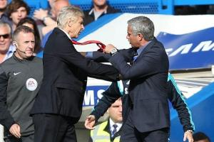 """""""Arsenal không có danh hiệu lớn vì Mourinho"""""""