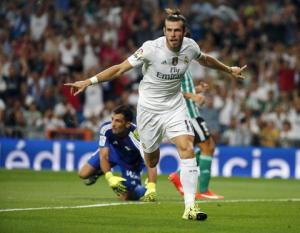 Ronaldo tiếp tục tịt ngòi, Real Madrid vẫn vả 5 đầu ngón tay vỡ mặt Betis