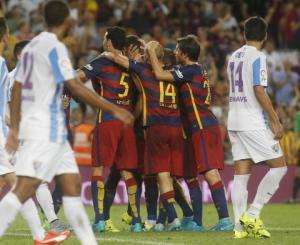 Thiên tài Messi mất duyên, Barca nhọc nhằn đả bại Malaga nhờ người hùng Vermaelen