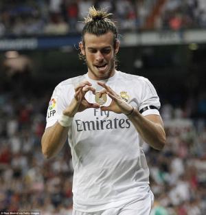 VIDEO: Siêu phẩm Rocket sở trường của Gareth Bale