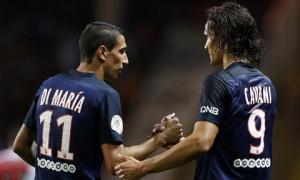 Tiền vệ Di Maria nhảy chồm chồm trên bàn hát tặng đồng đội mới ở PSG