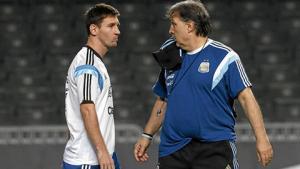 Martino bác bỏ tin đồn Messi chia tay ĐT Argentina